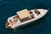 28 ft. Airon Marine 25 Cruiser Boat Rental Sorrento Image 5