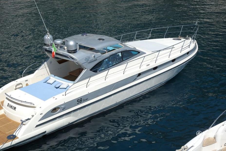 Rent a Conam motor yacht in Amalfi, Campania near me