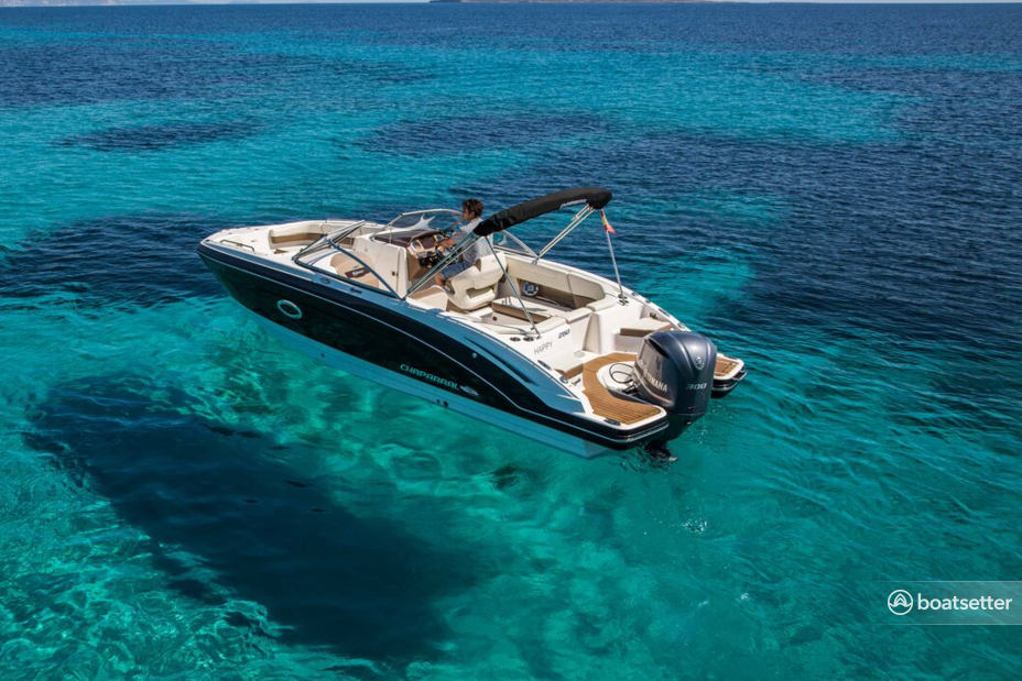 Rent a Chaparral motor yacht in Eivissa, PM near me