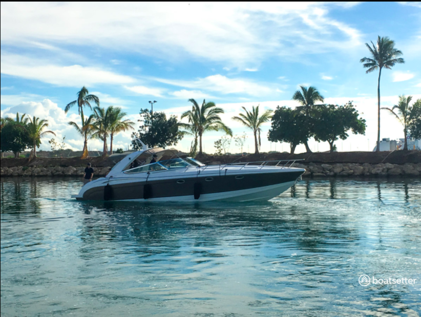 Rent a Formula motor yacht in Kapolei, HI near me
