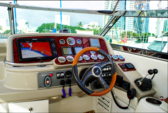 40 ft. Formula 400 Ss Motor Yacht Boat Rental Hawaii Image 5