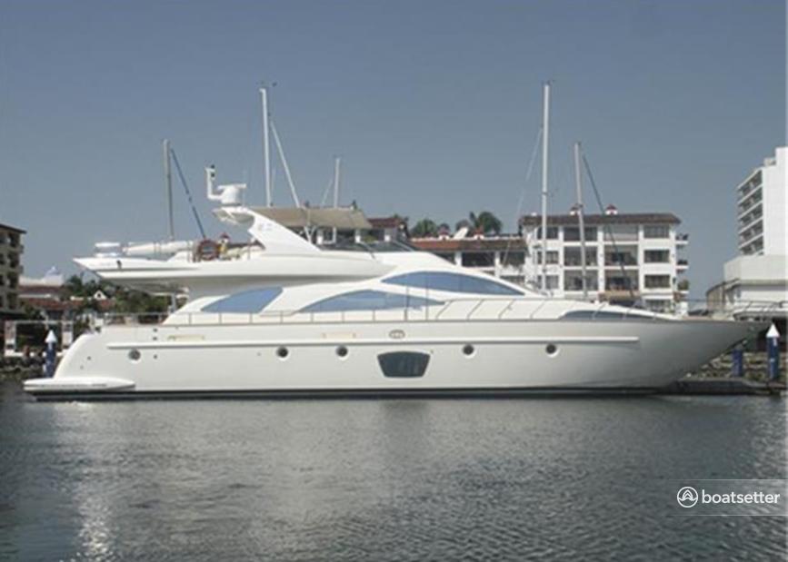 Rent a Azimut motor yacht in Puerto Vallarta, Jal. near me