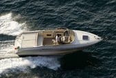 25 ft. Clipper 7.6 Cruiser Boat Rental Sorrento Image 2