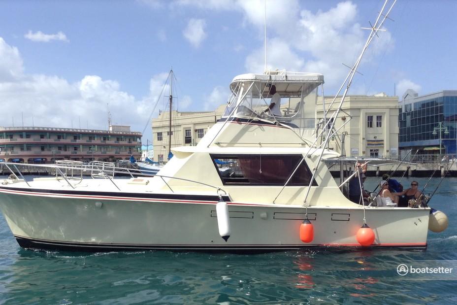 Rent a Hatteras motor yacht in Bridgetown, Saint Michael near me