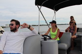 22 ft. Bentley 220 Elite Sport Pontoon Boat Rental Miami Image 4