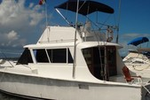 41 ft. Hatteras 41 Convertible Motor Yacht Boat Rental Cancún Image 2
