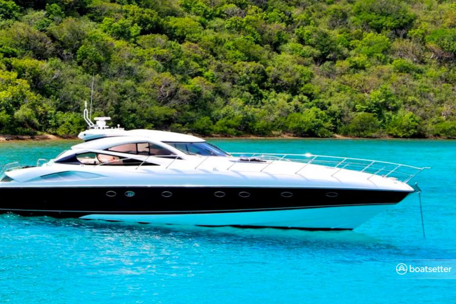 Rent a Sunseeker motor yacht in Road Town, Tortola near me