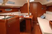 30 ft. Beneteau Oceanis 31 Sloop Boat Rental Barcelona Image 3