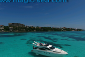 30 ft. Azimut 46 Motor Yacht Boat Rental Cancun Image 5