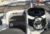 17 ft. Beneteau Flyer 550 Deck Boat Boat Rental Cambrils Image 2