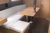 33 ft. Beneteau Oceanis 35 Sloop Boat Rental Barcelona Image 6