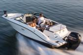 19 ft. Sea Ray 185 Sport Bow Rider Boat Rental Miami Image 1