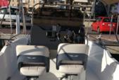 18 ft. Beneteau Flyer 5.5 Spacedeck Deck Boat Boat Rental Barcelona Image 1
