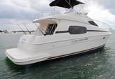 41 ft. Silverton Flybridge Motor Yacht Boat Rental Cancún Image 1