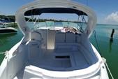 35 ft. Bayliner Element Bow Rider Boat Rental Cancún Image 3