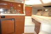 36 ft. Regal Boats 3350 Cuddy Cuddy Cabin Boat Rental Cancún Image 4