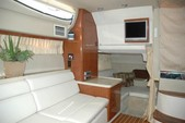 36 ft. Regal Boats 3350 Cuddy Cuddy Cabin Boat Rental Cancún Image 6