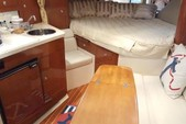 36 ft. Regal Boats 3350 Cuddy Cuddy Cabin Boat Rental Cancún Image 7