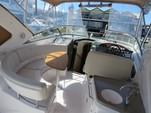 36 ft. Regal Boats 3350 Cuddy Cuddy Cabin Boat Rental Cancún Image 9