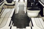 21 ft. Yamaha 212SS  Cruiser Boat Rental Miami Image 4