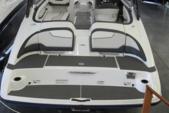 21 ft. Yamaha 212SS  Cruiser Boat Rental Miami Image 5