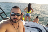 21 ft. Yamaha 212SS  Cruiser Boat Rental Miami Image 7
