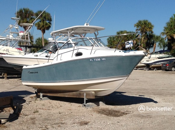 Rent a Pro-Line Boats cruiser in Bradenton, FL near me