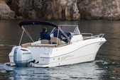 22 ft. Atlantic Boats 2200 Cabin Center Console Boat Rental Trogir Image 2