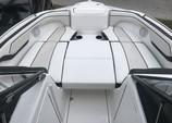 21 ft. Yamaha 210SS  Bow Rider Boat Rental Miami Image 4