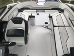 21 ft. Yamaha 210SS  Bow Rider Boat Rental Miami Image 8