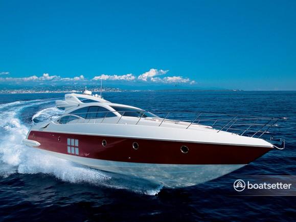 Rent a Azimut Yachts motor yacht in Washington, DC near me