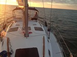 33 ft. Hunter Hunter 33.5 Sloop Boat Rental Sarasota Image 16