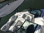 19 ft. Yamaha AR190  Bow Rider Boat Rental Tampa Image 3