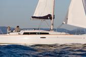 32 ft. Beneteau USA Beneteau 31 Motorsailer Boat Rental Barcelona Image 2