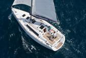 32 ft. Beneteau USA Beneteau 31 Motorsailer Boat Rental Barcelona Image 7