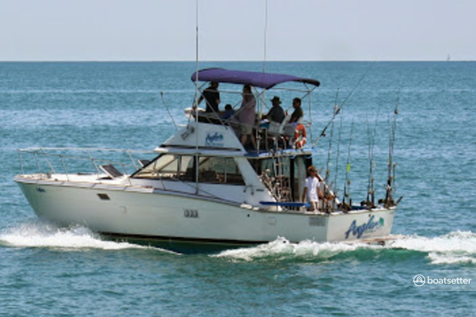 Rent a Trojan Yachts saltwater fishing in Chicago, IL near me
