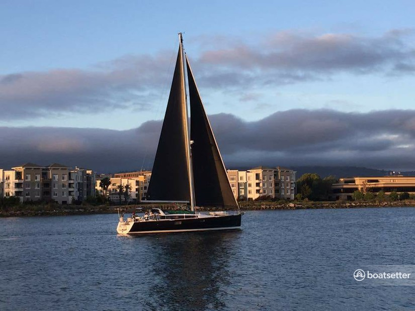 Rent a Beneteau USA sloop in Oakland, CA near me