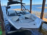 20 ft. A20 Wake Research Ski And Wakeboard Boat Rental Orlando-Lakeland Image 22