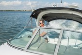 31 ft. Sea Ray Boats 280 Sundancer Cruiser Boat Rental Tampa Image 7