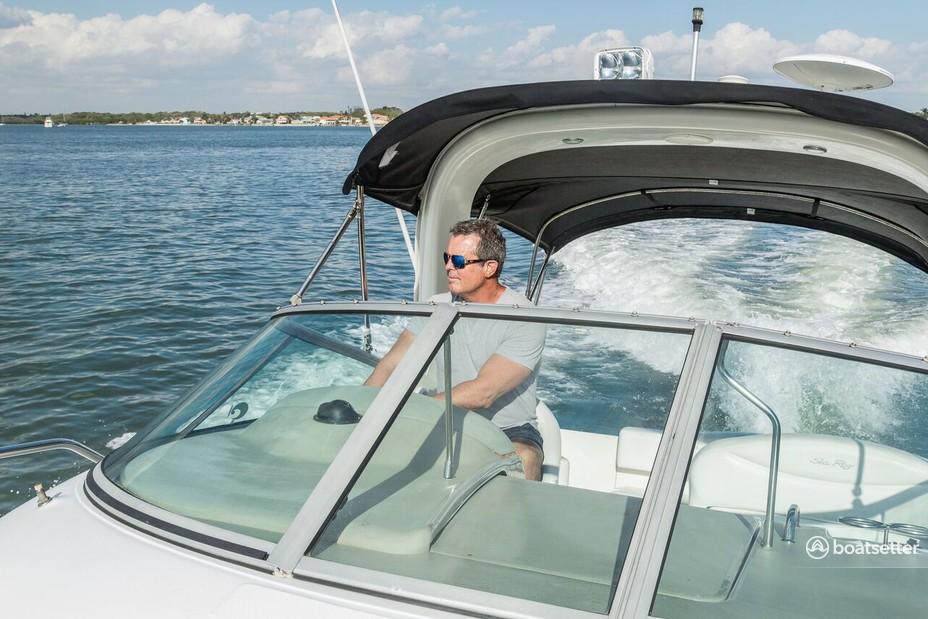 Rent a Sea Ray Boats cruiser in Bradenton, FL near me