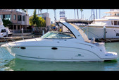29 ft. Chaparral Boats 276 Signature Cruiser Boat Rental Los Angeles Image 3