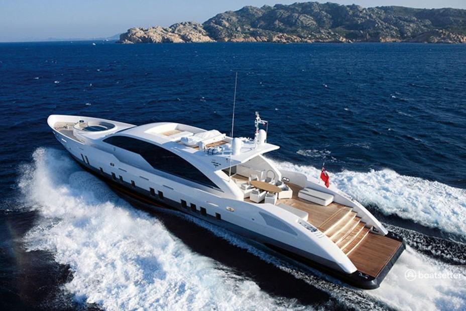 Rent a Tecnomar mega yacht in Miami, FL near me