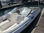 25 ft. Regal 2520 FasDeck Bow Rider Boat Rental West Palm Beach  Image 3