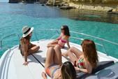 30 ft. Other Beneteau Flyer 8.8 Sundeck Motor Yacht Boat Rental Palma Image 3
