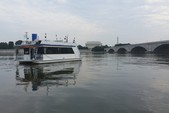 42 ft. Catamaran Cruiser 14x42 Aqua Cruiser Houseboat Boat Rental Washington DC Image 11