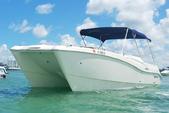 28 ft. World Cat Boats 266SC Bow Rider Boat Rental Miami Image 1