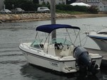 20 ft. Boston Whaler 20 Ventura Cruiser Boat Rental Boston Image 2