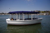 18 ft. Duffy Electric Boats 18 Classic Electric Boat Rental Los Angeles Image 2