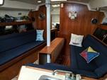 40 ft. Hunter 40 Cruiser Boat Rental New York Image 3