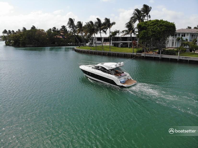 Rent a Beneteau cruiser in Aventura, FL near me